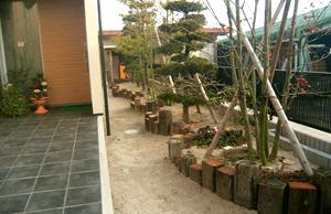 玄関・門扉・花壇の工事1