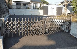 カーポート設置、舗装工事、フェンス取付け3